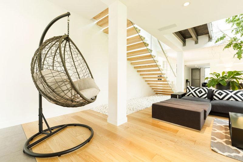 Come posizionare i tuoi mobili in salotto? Osserva lo spazio a disposizione
