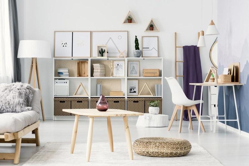 Come posizionare i tuoi mobili in salotto: fai passare lo sguardo e la luce