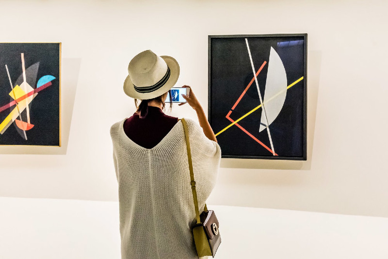 Solidarietà digitale per te che ami l'arte