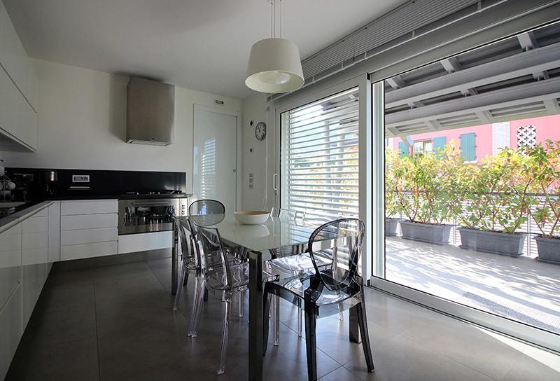 Sempre più di moda le case con vetrate | News | Gabetti