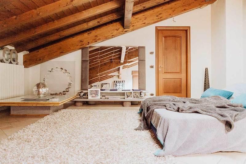 Foto Di Soffitti Con Travi In Legno : Tante idee per il soffitto con le travi a vista news gabetti