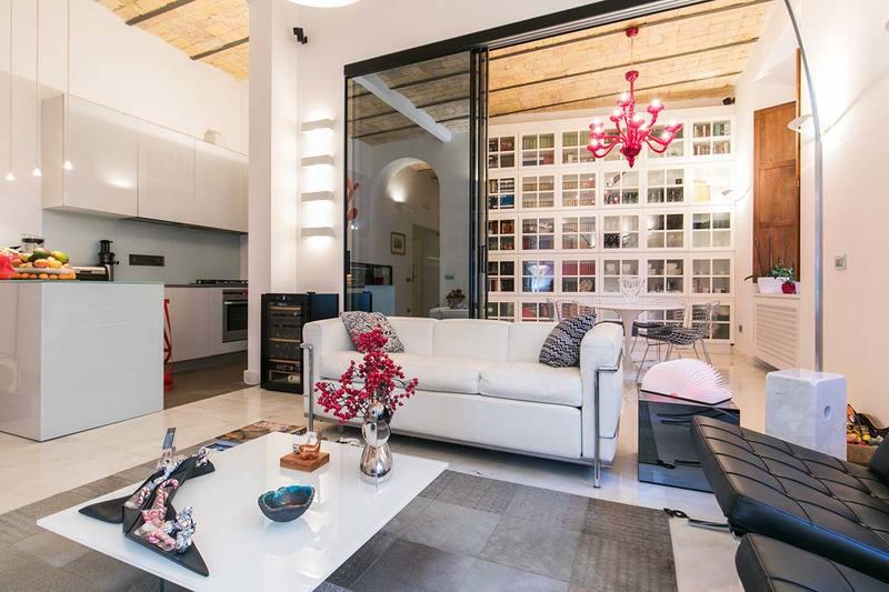 Tante idee per il soffitto con le travi a vista news for Illuminazione travi a vista